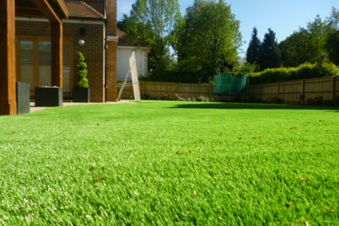Fake Grass for swimming pools