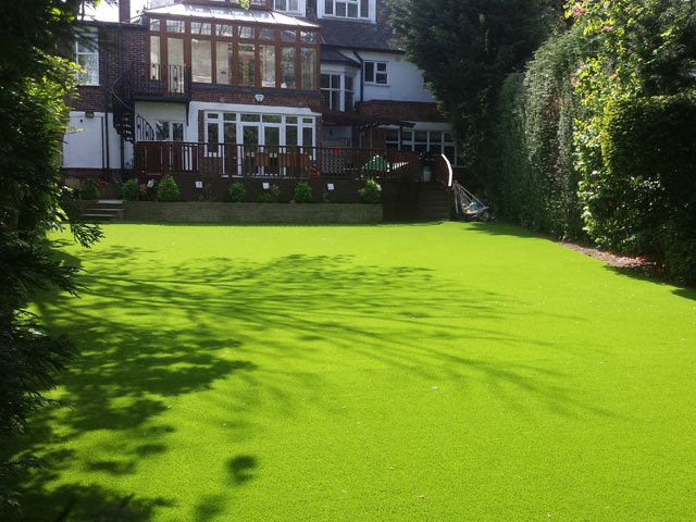 Artificial Grass Free's Up Space in London