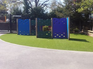 Artificial grass for schools example 4