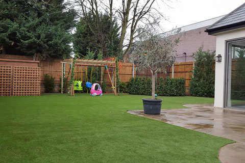 artificial-grass-london-jan-16